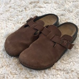 Birkenstock Suede Boston Clogs